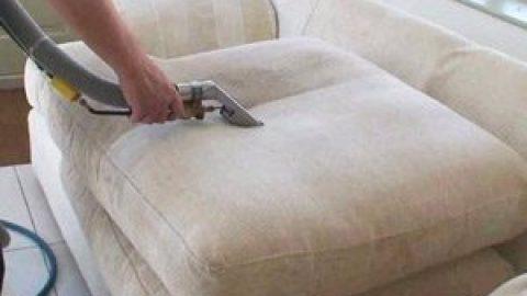 Как почистить велюровый диван в домашних условиях